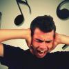 Психологи рассказали, почему песни могут быть навязчивыми