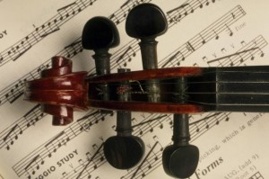 Грустная музыка может вызвать реальную печаль