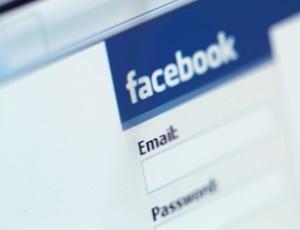 Использование Facebook улучшает настроение