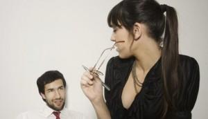 Психологи рассказали, как отличить похотливый взгляд от дружеского