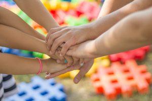 Выявлено сходство в активности мозга у близких друзей