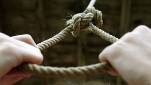 Что нужно знать о суициде. Как понять, что близкому грозит опасность?